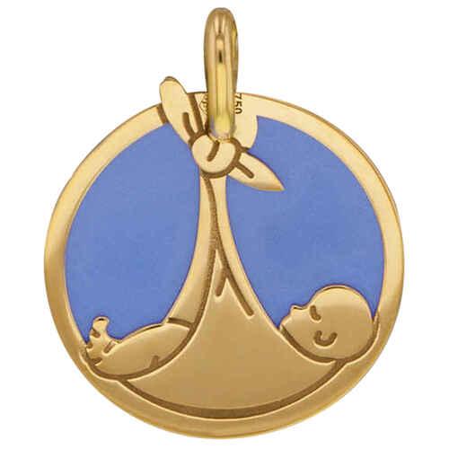 Photo de Médaille bébé et écharpe bleu - Or jaune 18ct & acier